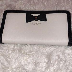 Handbags - Kate Spade New York Wallet